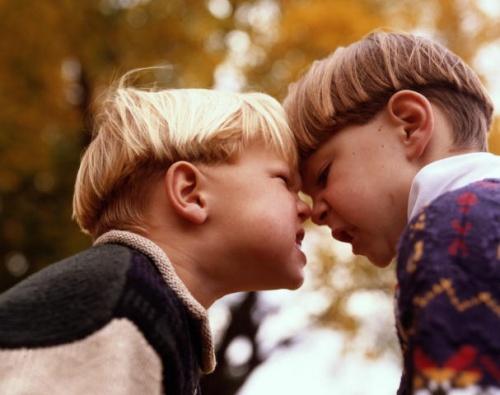 Как научить ребенка защищаться?