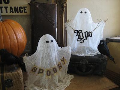Как сделать приведение из марли на Хэллоуин?