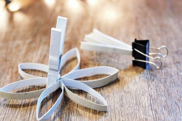 Новогодние игрушки от рулонов от туалетной бумаги