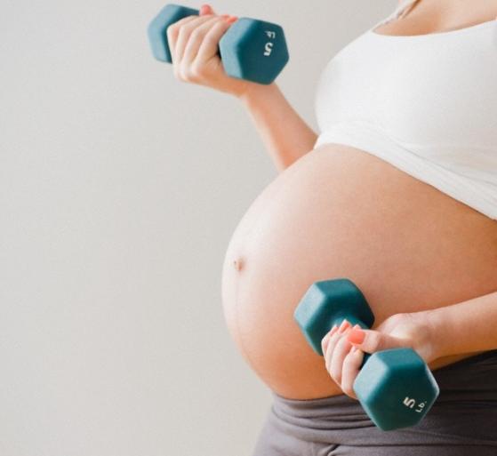 Поднятие тяжестей при беременности