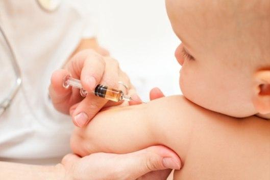 Подготовка к вакцинации и правильный уход за ребенком после прививки