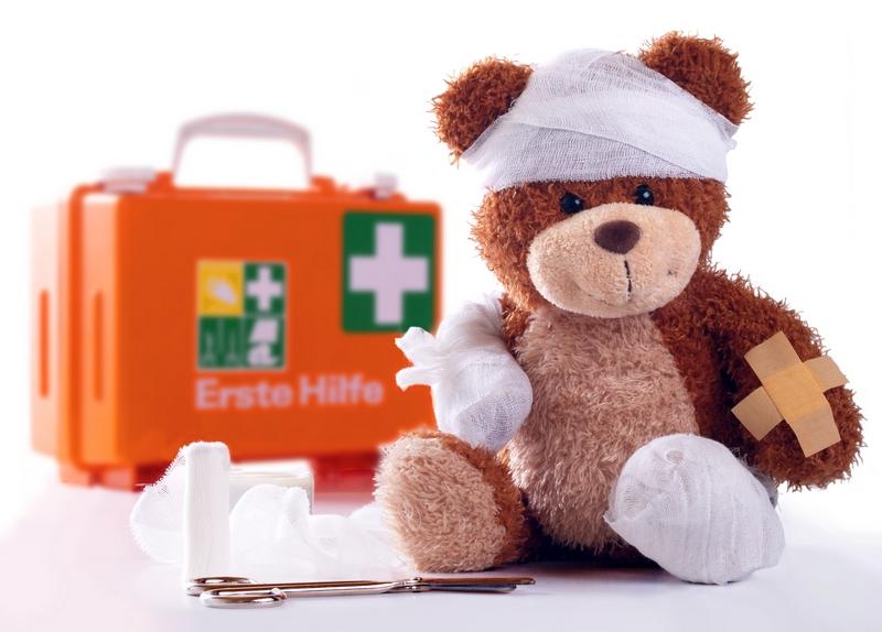 Первая помощь ребенку в разных ситуациях