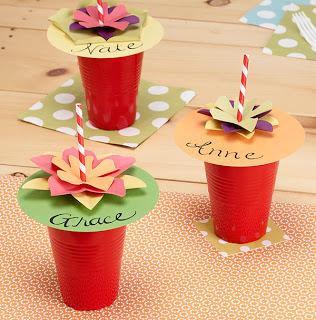 Как украсить стаканчики для напитков для детского праздника?