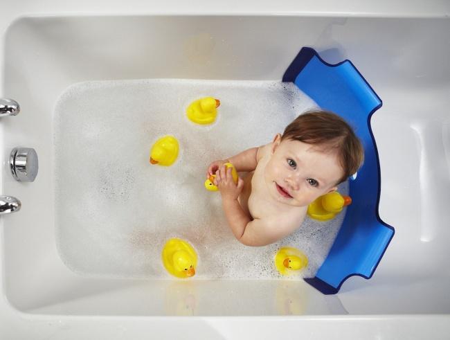 Приспособления для купания малыша