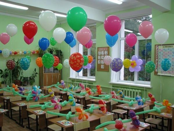 Украшение школы шарами