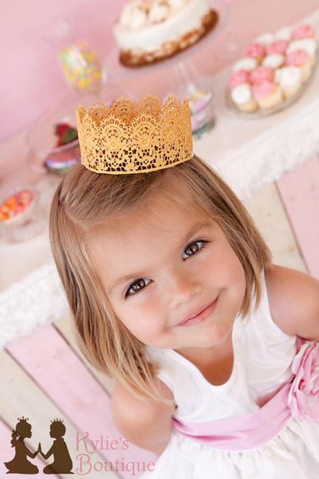 Кружевная корона для девочки