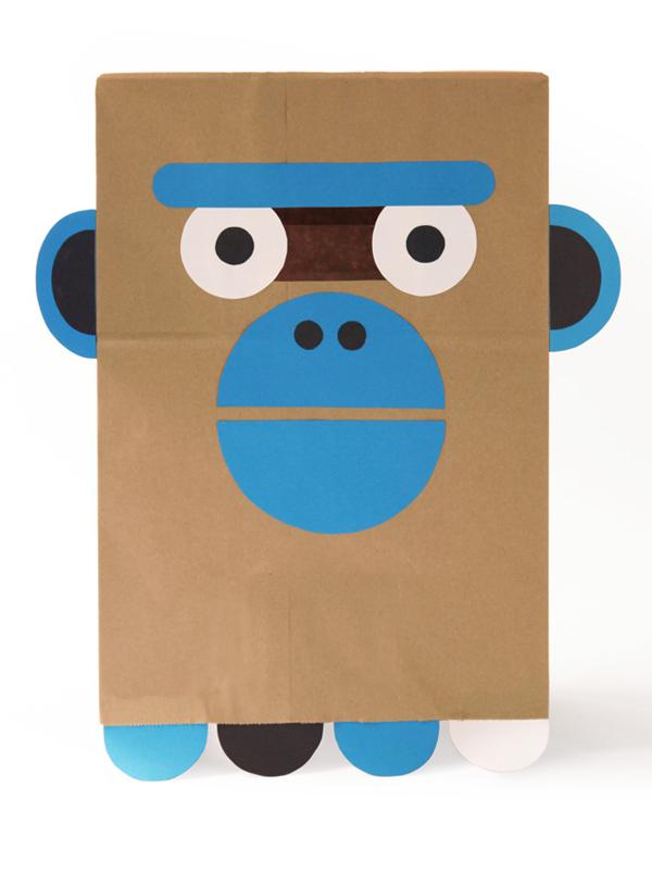 Маска обезьяны из бумажного пакета
