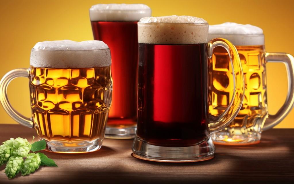Можно пить пиво кормящей маме?