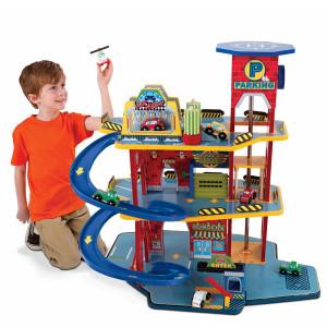 Трек с машинками - подарок для мальчика