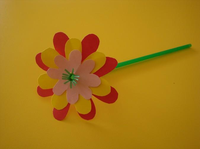 Бумажный цветок к 8 марта