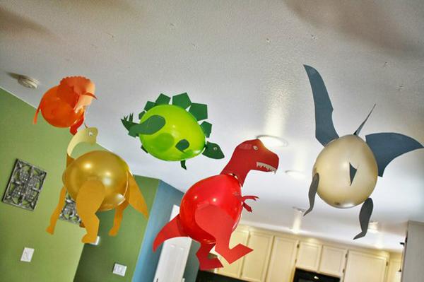 Динозавры из воздушных шариков