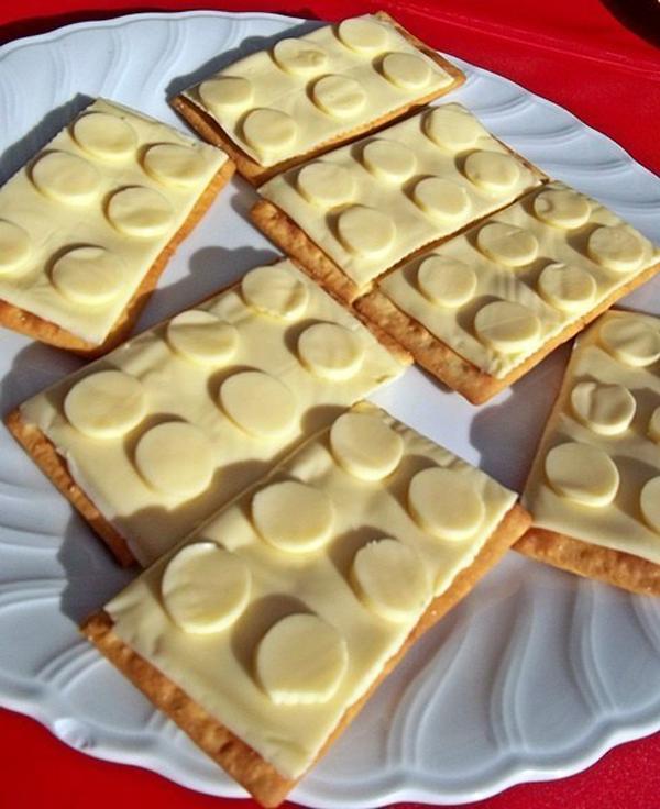 Бутерброды в стиле Лего