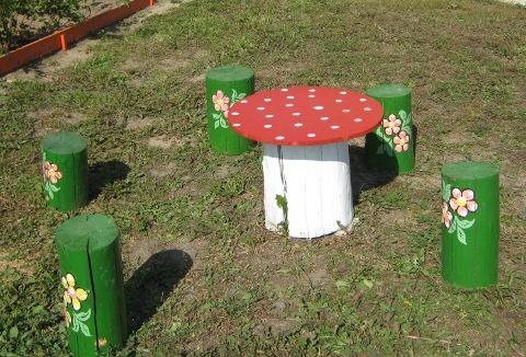 Столик на детскую площадку своими руками 87