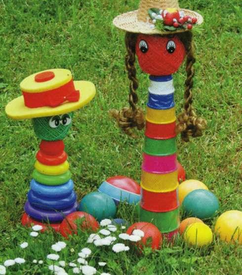 Пирамидки для украшения садового участка и детской площадки