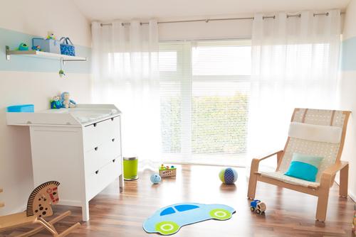 Естественное освещение в детской комнате