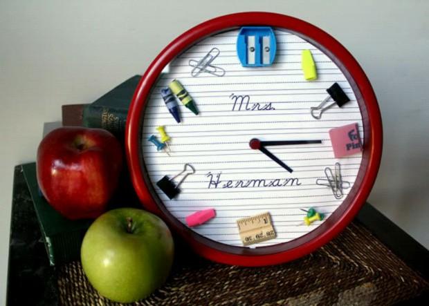 Часы школьные