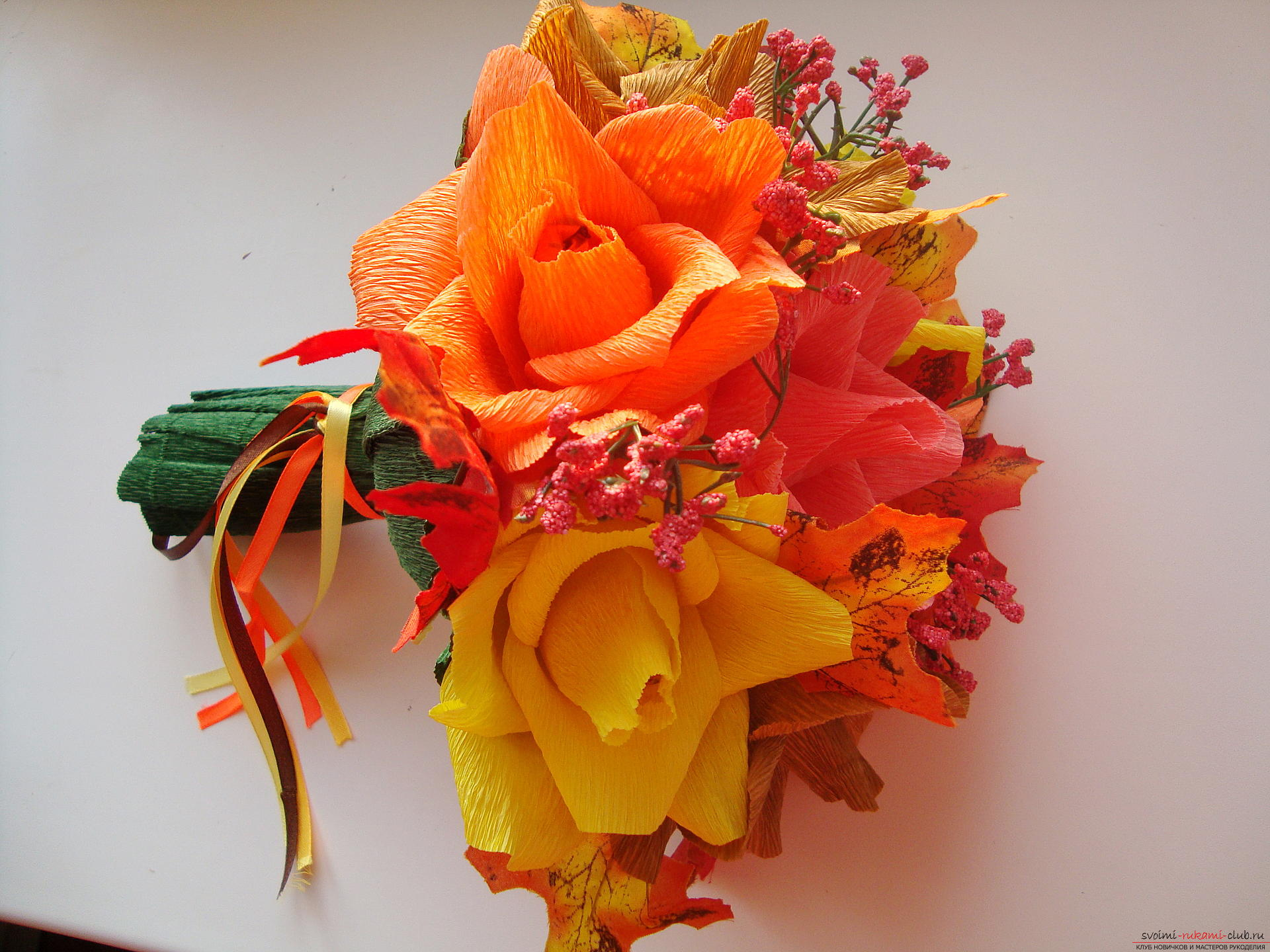 Подарок учителю своими руками: букет из конфет. Мастер-класс с 98