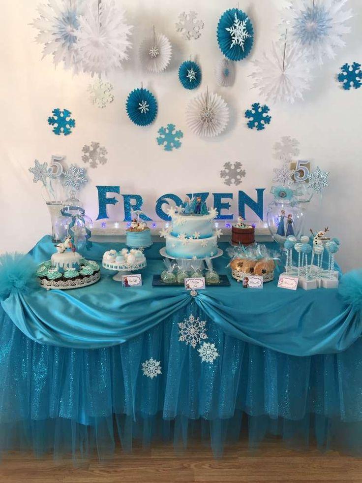 Как украсить праздничный стол в стиле Frozen
