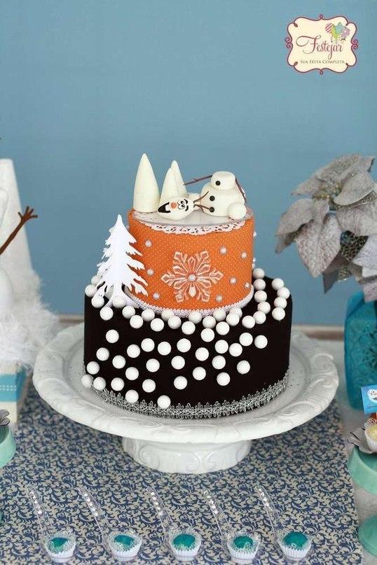Детский торт со снеговиком