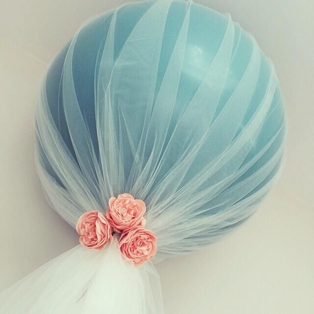 Декор воздушных шаров фатином
