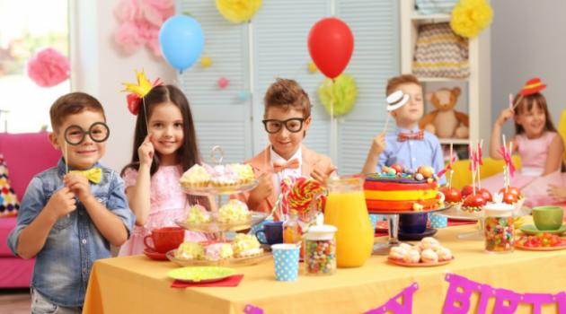 Как украсить детский праздник своими руками