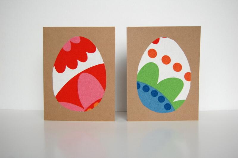 Открытка с пасхальным яйцом из ткани