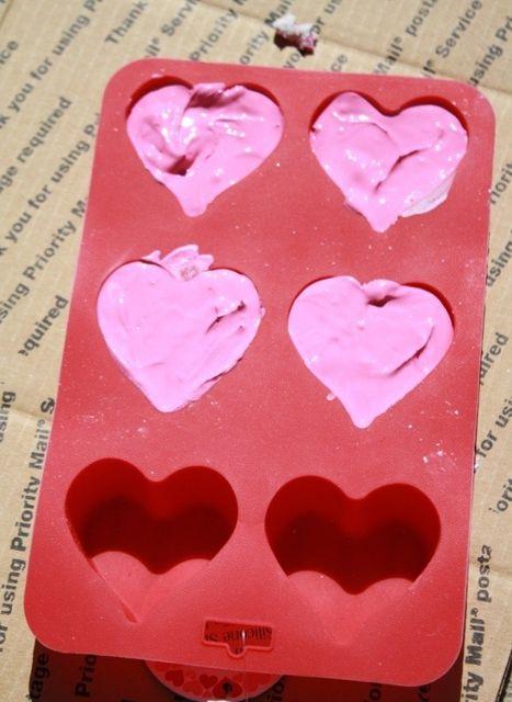 Детские мелки в форме сердечек