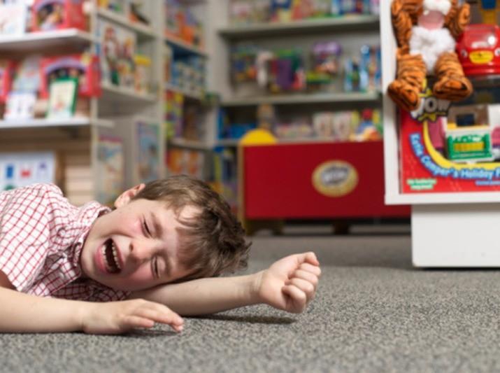 Как предотвратить детские истерики и капризы?