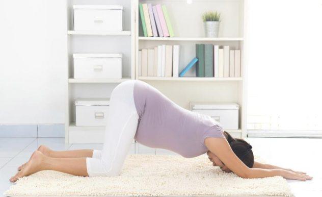 Как правильно стоять в коленно-локтевом положении при беременности