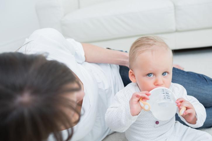 Сколько воды нужно давать ребенку до года