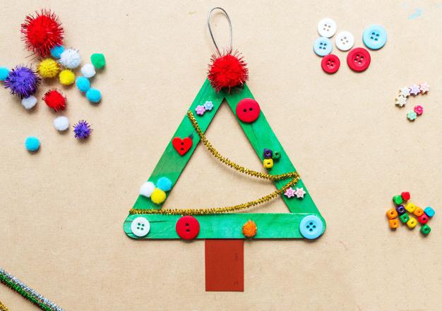 Новогодние игрушки на елку из палочек от мороженого