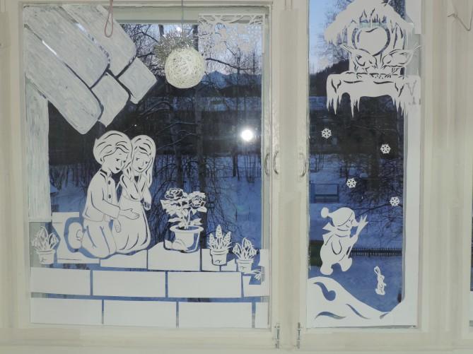 Идеи декора окна к новому году