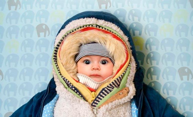 Как одевать новорожденного на прогулку зимой