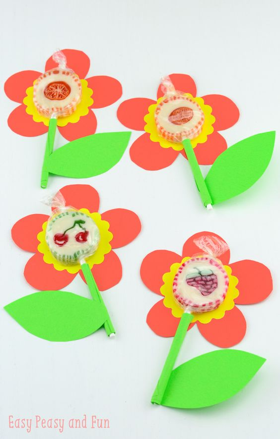 Цветок из конфеты на палочке