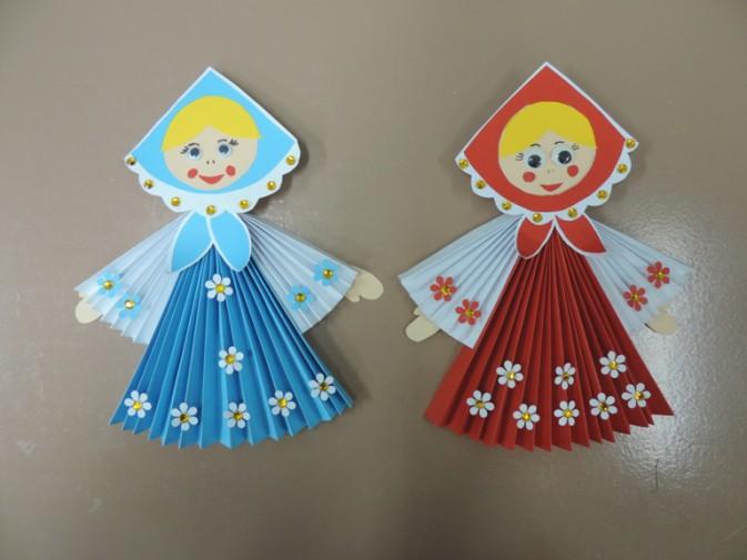 Куколки из бумажных гармошек
