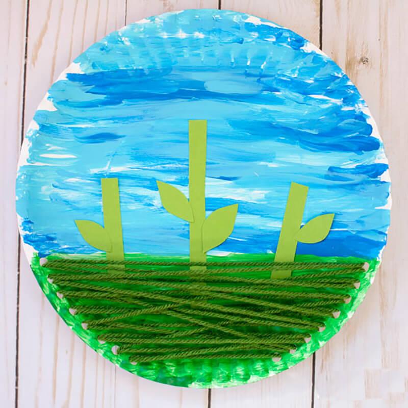 Цветочная поляна из одноразовой тарелки