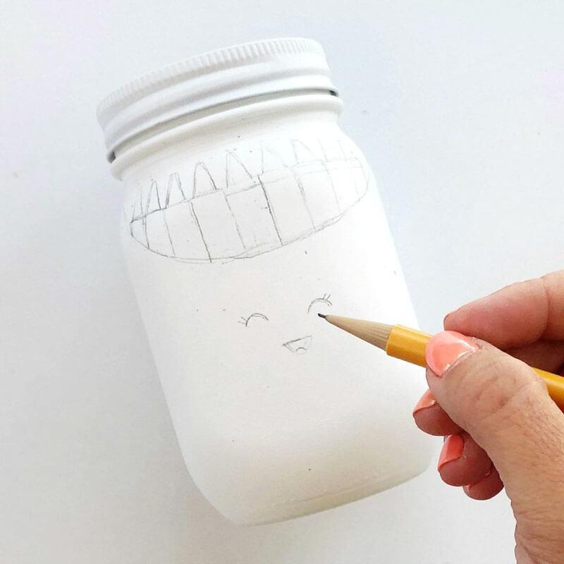 Подставка для ручек детская