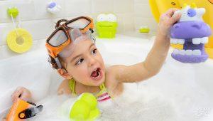 Обустраиваем ванную комнату для ребенка