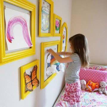 как повесить детские рисунки