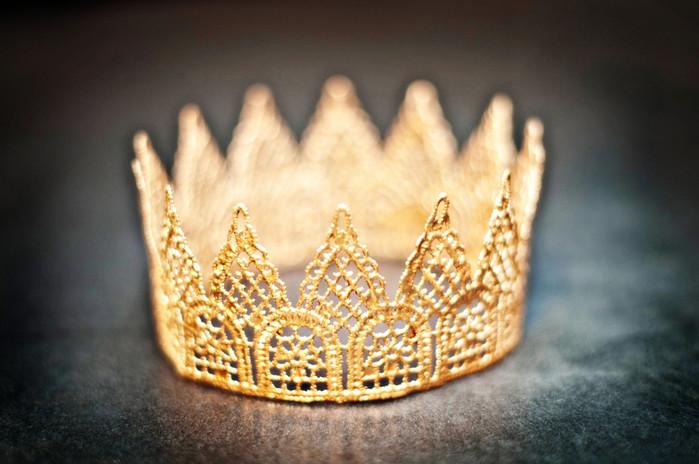 Как сделать корону для девочки своими руками