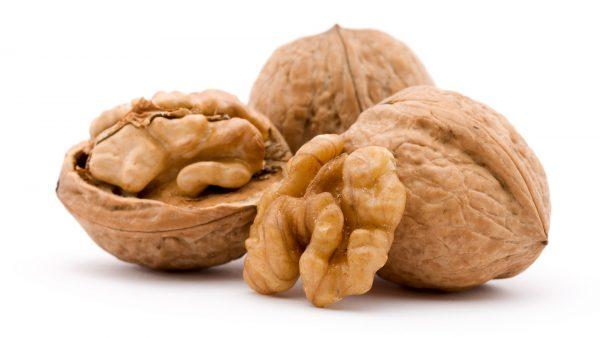 Орехи не рекомендуется детям до 3 лет