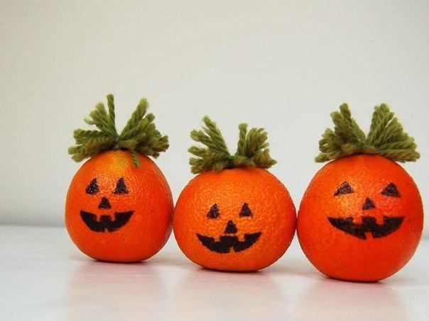 Тыквы из мандаринов – поделки для детей на Хэллоуин