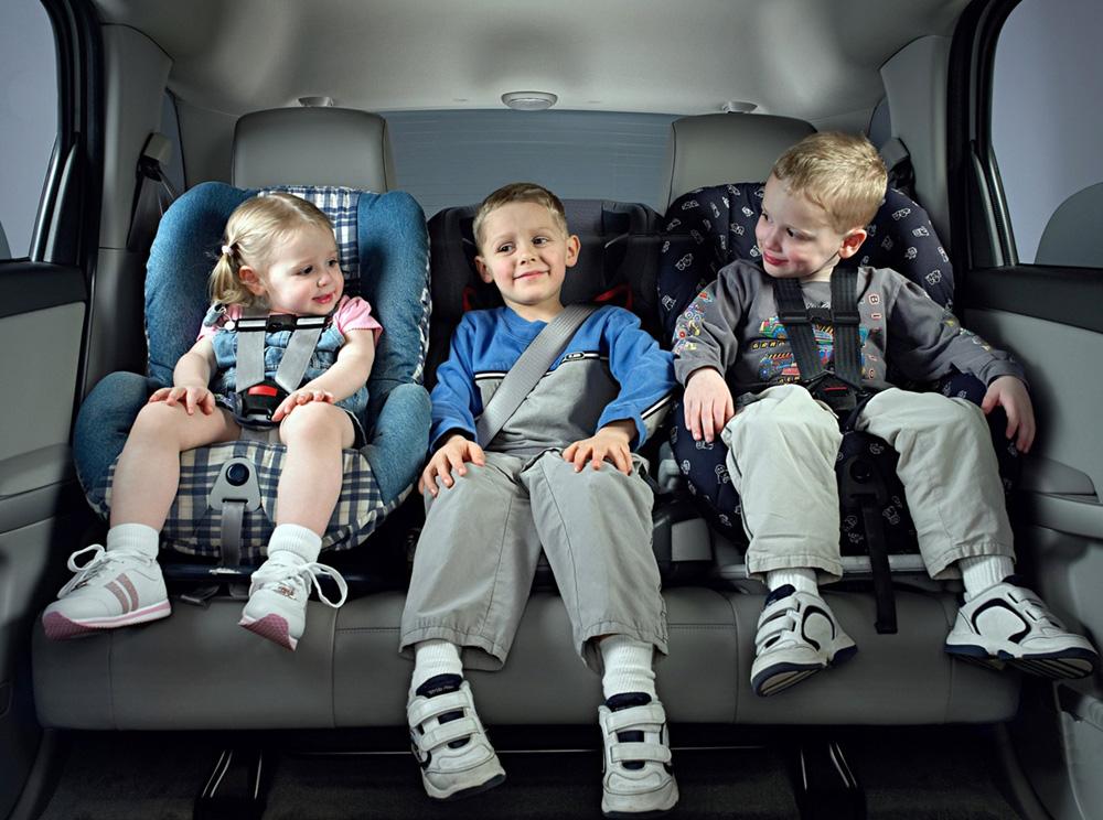 Детское автомобильное кресло. Как выбрать детское автомобильное кресло?