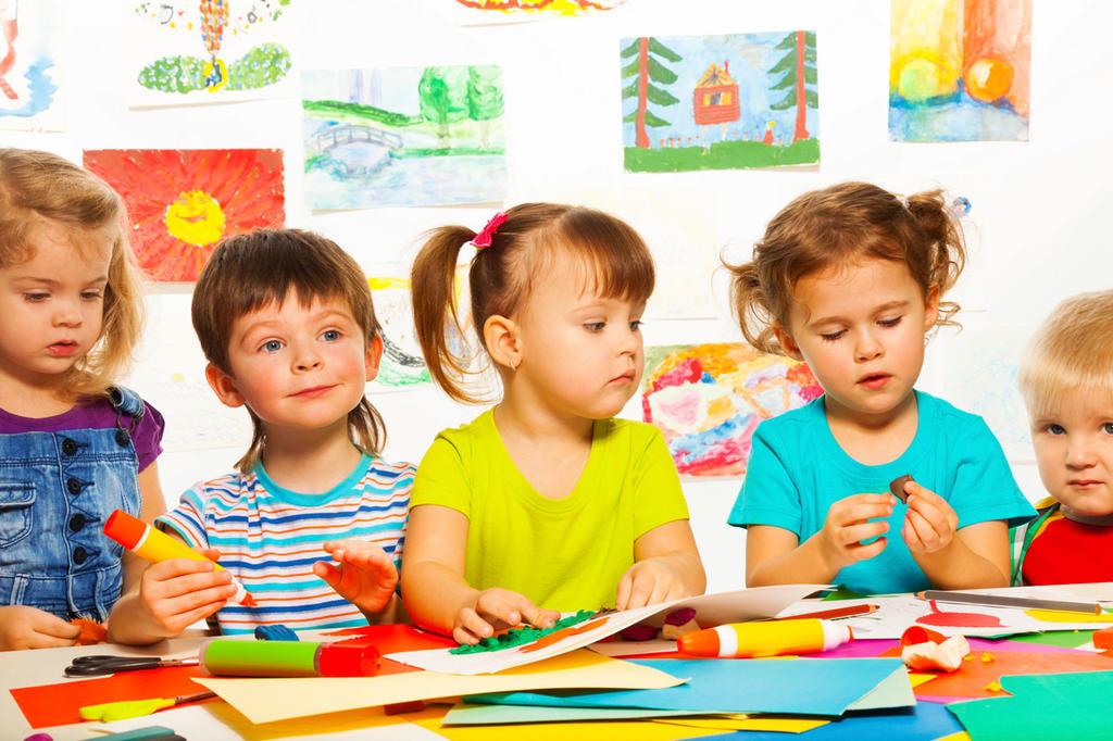 Детский центр развития: как выбрать и в каком возрасте отдавать ребёнка