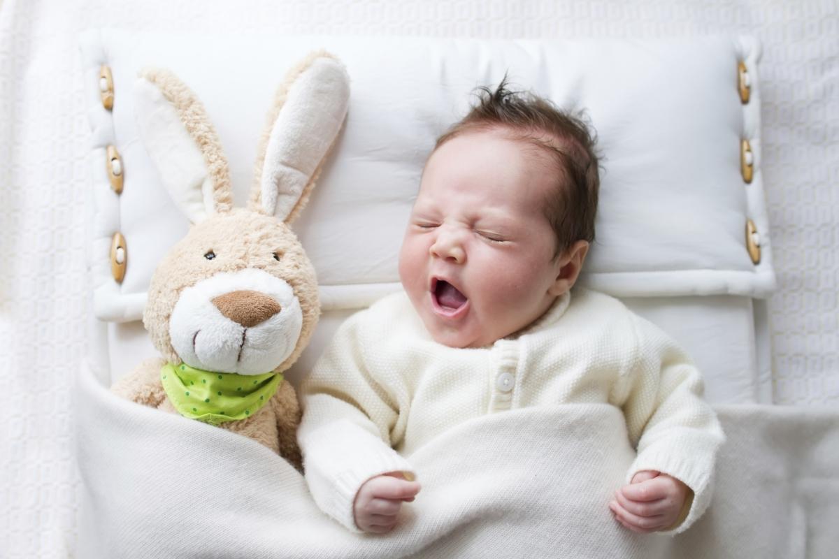 Как приучить грудного ребенка засыпать самостоятельно в детской кроватке?