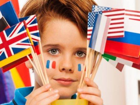Как влияет на развитие речи у ребенка многоязычность в семье