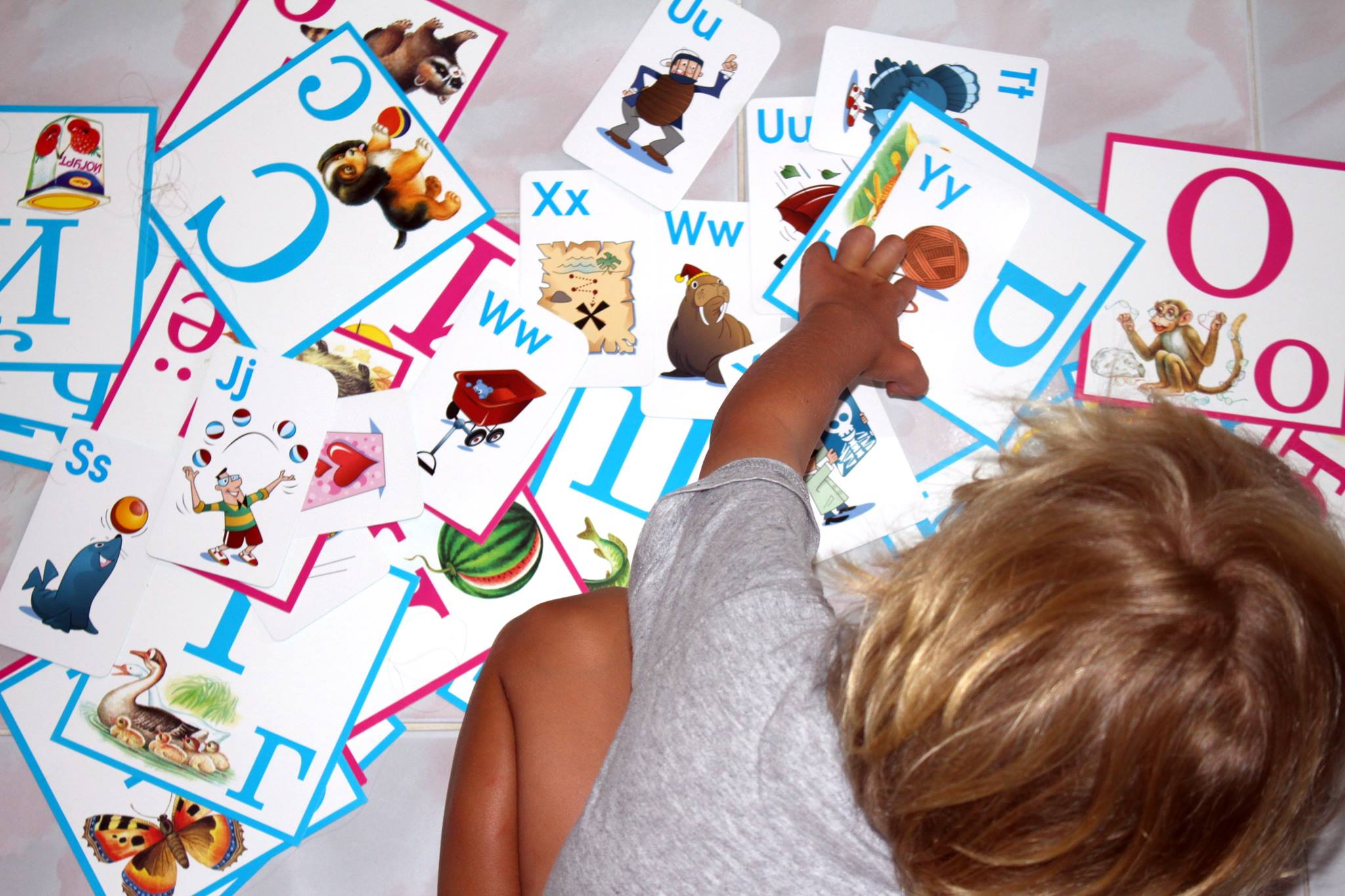 Многоязычность в семье, как это влияет на развитие речи ребёнка?