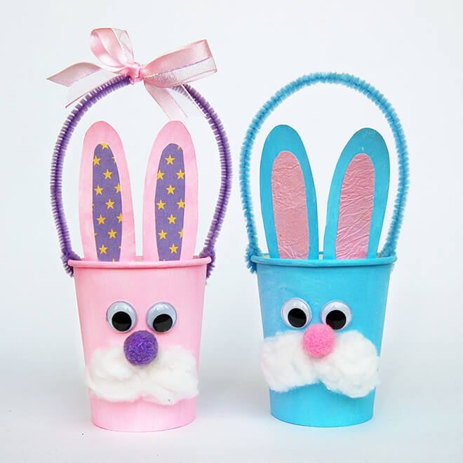 Кролики из бумажных стаканчиков