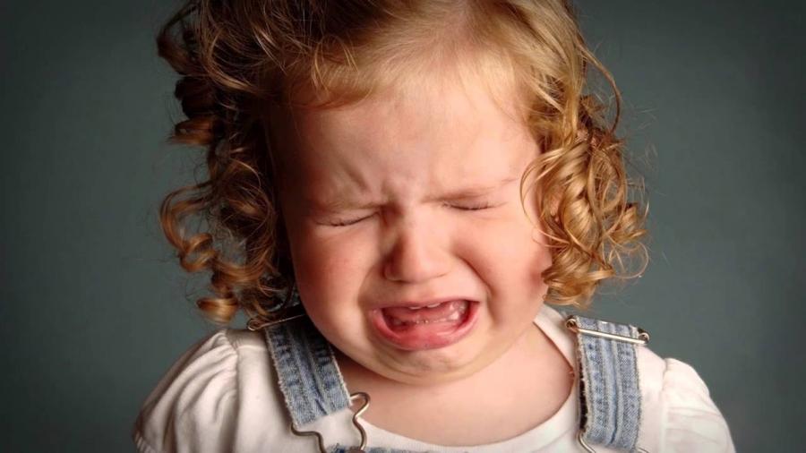 Ребенок нытик: хорошо это или плохо, нужно ли с этим бороться?